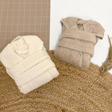 Baby badjas met naam (soft white)