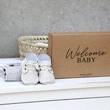 Giftbox met naam - Babyschoentjes