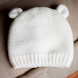 Babymuts met sjaal - Off White