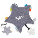 Labeldoekje ster met naam (grijs)