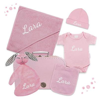 Kraampakket koffer met naam (roze)