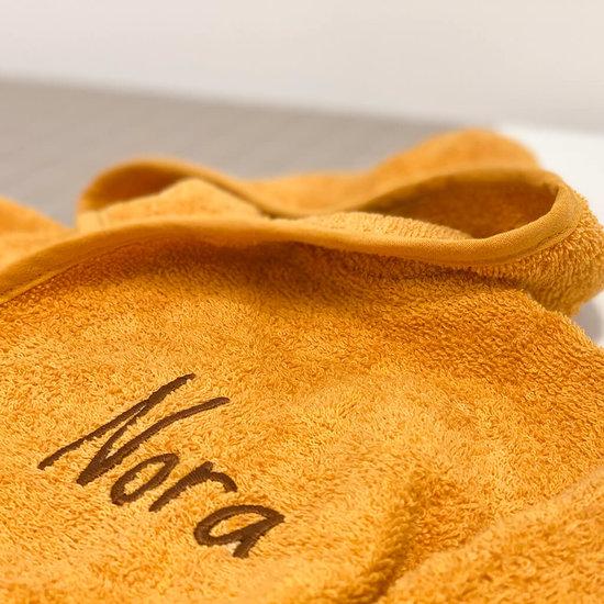 Baby badjas met naam (ochre)